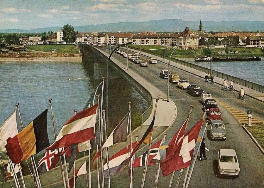 Poste fronti re strasbourg kehl en 1961 for Garage ford mulhouse